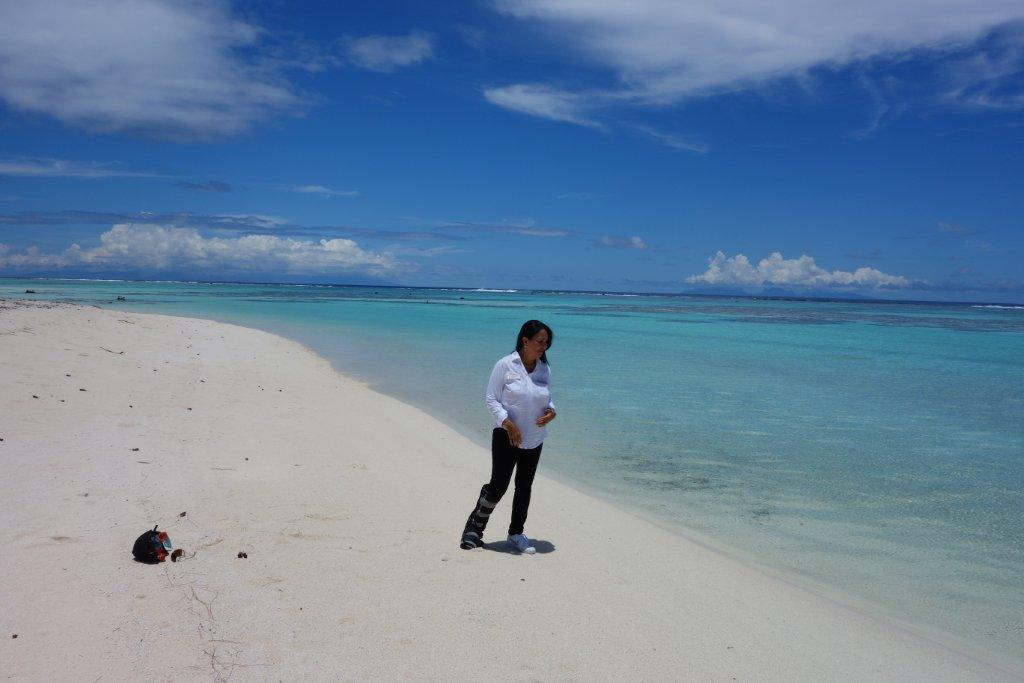 I cannot wait to return to Tetiaroa in 2014...but next time, properly attired to do this flawless beach justice!